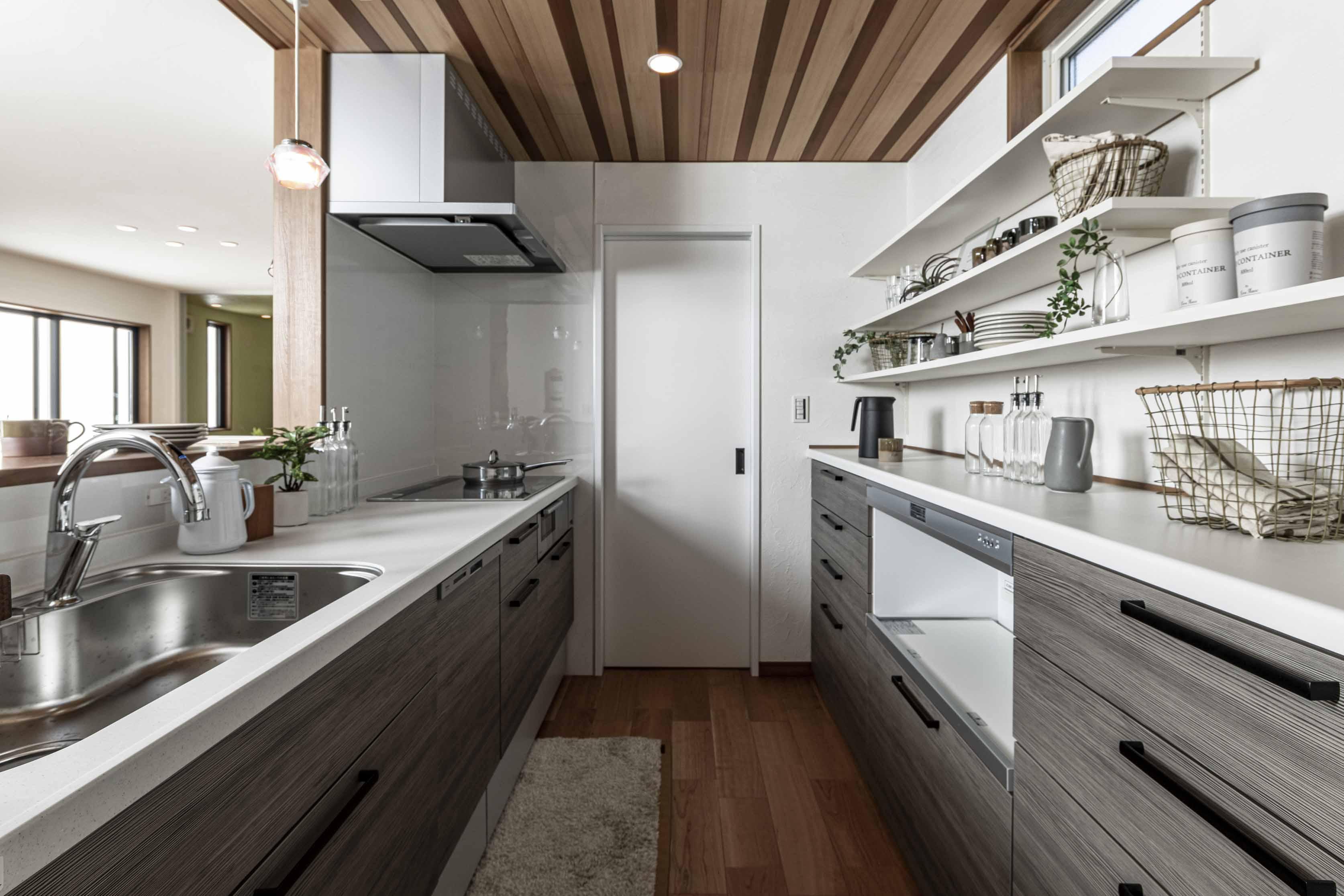 稲沢市家具レンタル 家具ディスプレイ 家具レンタル 家具レンタルと撮影 ホームステージング